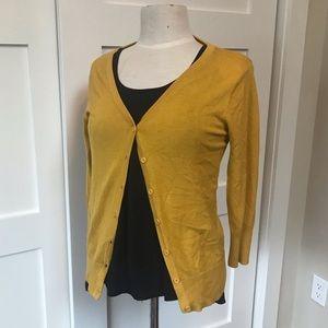 💫3 for $15💫Mustard yellow cardigan